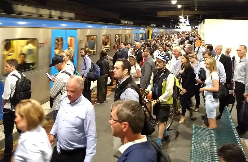 Sandringham line at Flinders Street during Frankston/Dandenong line shutdown, PM peak, January 2019