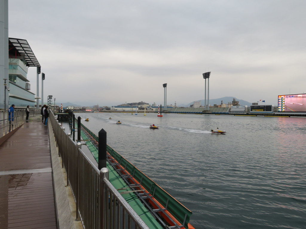 丸亀 競艇