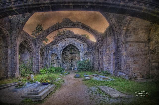 (484/18) Ruinas de Sta. Mariña en Cambados