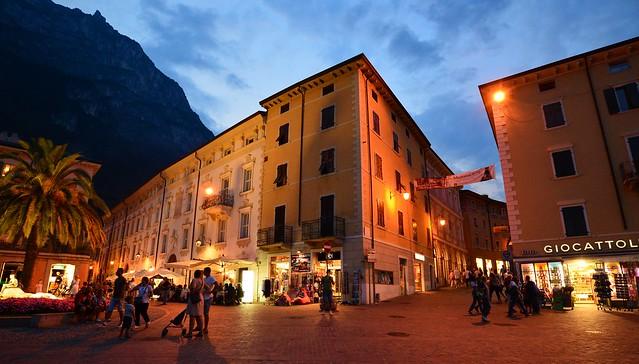 Riva del Garda - Piazza Giuseppe Garibaldi