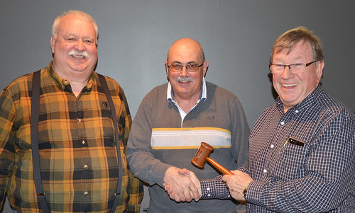 Past_Chair_of_Conservation_Foundation_passes_gavel_to_new_Chair_and_Vice_Chair_NR