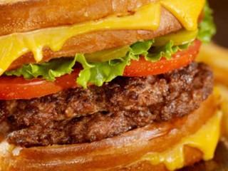 morti per cibi fast food e carni   by LA VOCE DEL PAESE