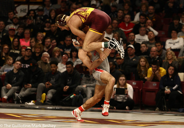 Cons. Semi - Devin Skatzka (Minnesota) 26-8 won by major decision over Ethan Smith (Ohio State) 18-11 (MD 14-4) - 190310cmk0074