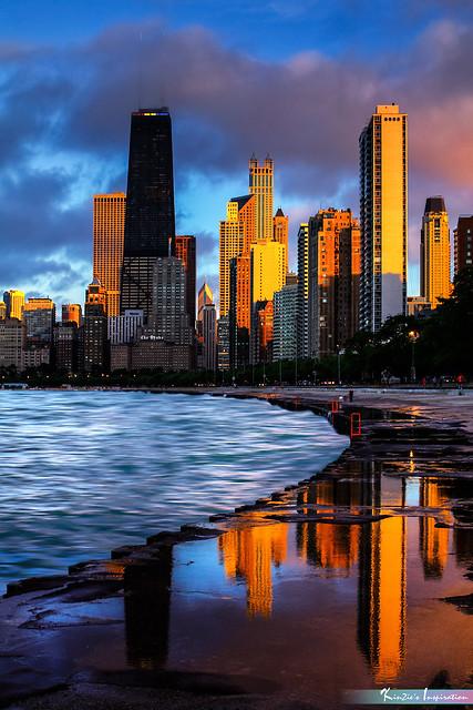 John Hancock Tower, Chicago *A Popular Landmark*
