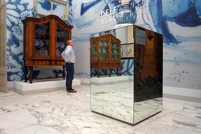 The Delft Blue Cabinet