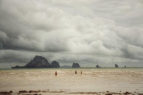 valterb valter view beach blue beautiful water waves clouds sky sea seascape seaside seasia scenic shore sand krabi thailand people swimming storm nikon nikkor nikond90 aonang