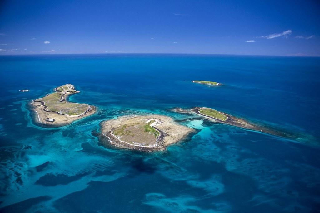 Conheça a nova trilha subaquática do Parque Nacional de Abrolhos, na Bahia