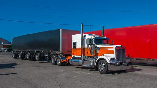 Kenworth W900 | by NoVa Truck & Transport Photos