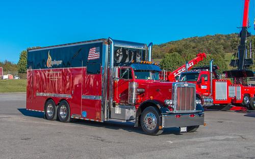 Peterbilt 359 | by NoVa Truck & Transport Photos