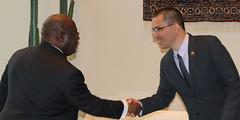Canciller Arreaza se reúne con representante de Costa de Marfil para fortalecer relaciones de cooperación