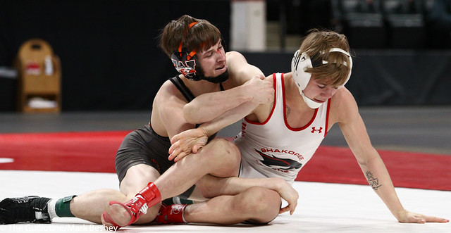 113AAA 1st Place Match - Paxton Creese (Shakopee) 53-1 won by decision over Ryan Henningson (Winona-Winona Cotter) 45-2 (Dec 6-5) - 190302bmk0050