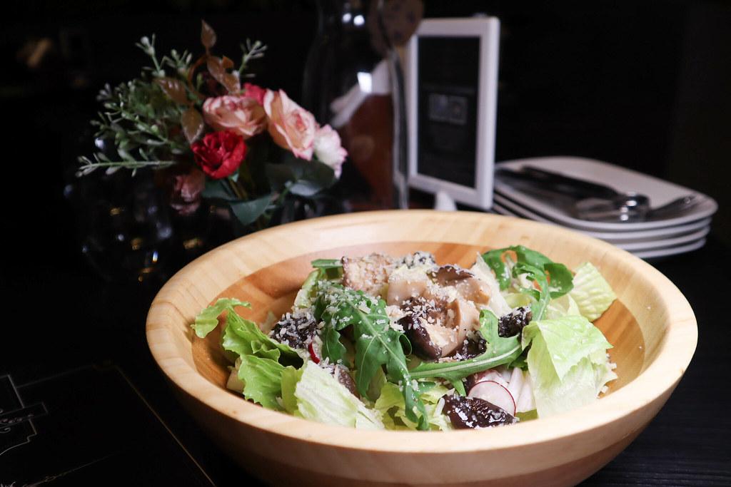Elfin Restaurant & Lounge (35)