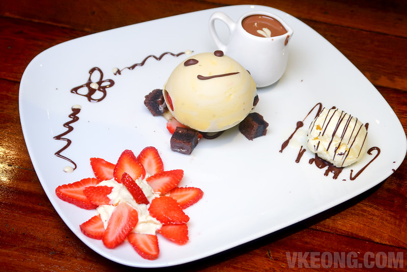 Sinful-Seafood-&-Desserts-Chocolate-Magic-Ball
