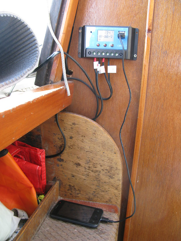 156. Sailing onto the mooring - in capable hands -charging my phone - 3