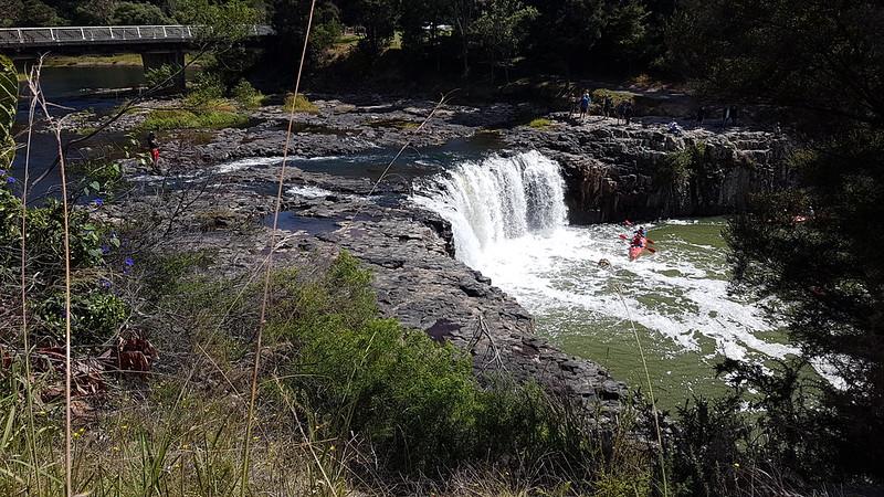 Huruhuru Falls