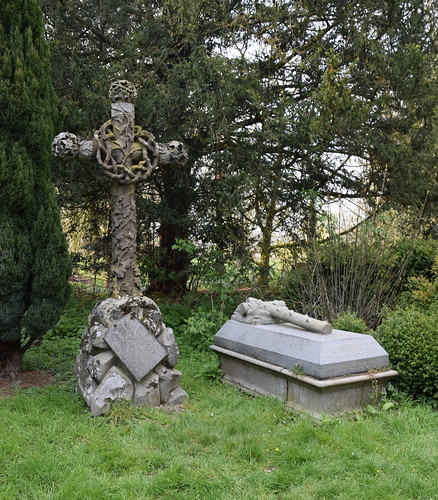 graves of William and Mildred Holland   by Simon_K