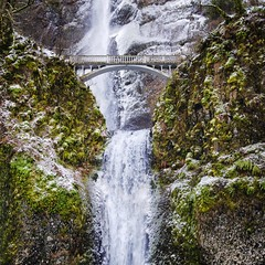 Multnomah Falls in ice