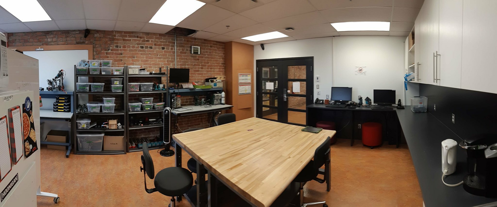 Pictures of various fab labs, of their equipment, and of projects that can be realized by the students