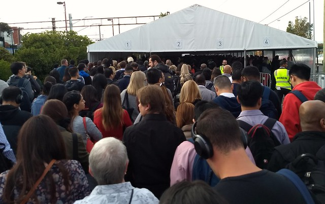 Queue at Caulfield for replacement buses, Monday morning