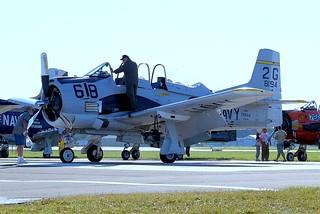N194RR   (NX194RR / 138194) North American T-28B Trojan [20-265] (Ex United States Navy) Oshkosh-Wittman Regional~N 30/07/2008