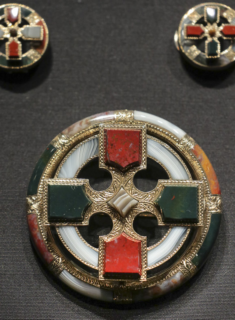 Brooch and pair of solitaire studs, Scotland, Edinburgh, about 1880, made by G. & M. Crichton