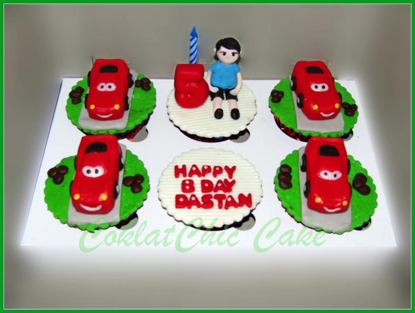 Cupcake set Lightning McQueen Cars