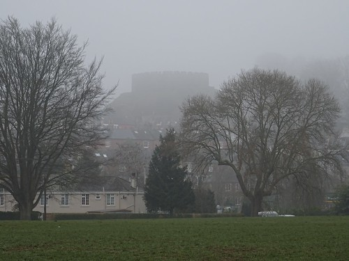 Totnes Castle in the mist | by Phil Gayton