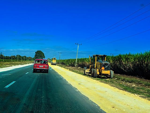 Countryside towards Cienfuegos --> Somewhere near Ranchuelo