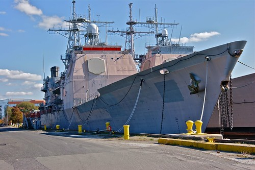 CG-48 USS Yorktown & CG-51 USS Thomas S. Gates | by pclay923