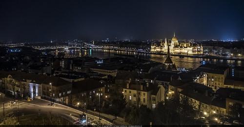 budapest ungarn hun danube parliament night