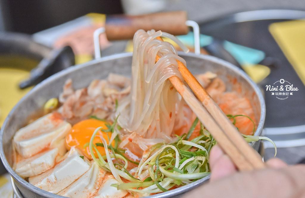 47486149561 5b2998497a b - 熱血採訪│台中韓式料理商業午餐平日限定,石鍋拌飯、沙里麵、冬粉煲任你挑選
