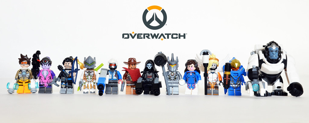Overwatch Minifigs | A line-up of all the minifigs from the