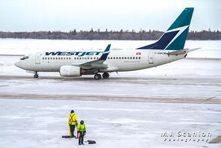 C-GWCM WestJet | Boeing 737-7CT(WL) | Winnipeg International Airport