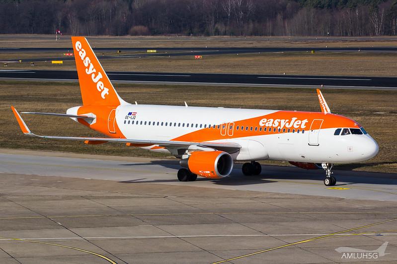 Easyjet Europe - A320 - OE-IJQ (1)