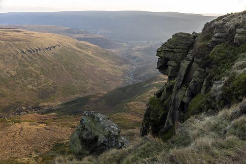 landscape derbyshire peakdistrict darkpeak longdendale laddowrocks greatcrowdenbrook pennineway gritstone gritstoneedge gritstonetors moorland bleaklow