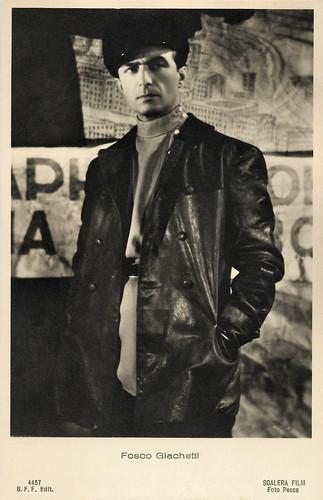 Fosco Giachetti in Noi vivi (1942)