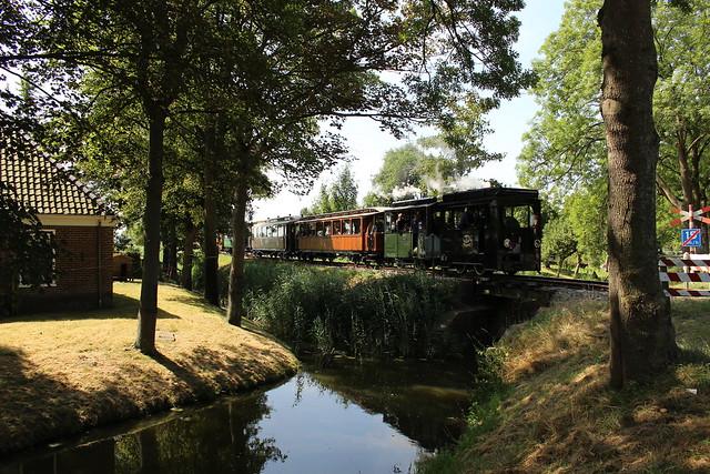 2018-07-07; 0110. Loc 18 en 8 met tram 55. Twisk. Bello Festival, 50 jaar SHM.