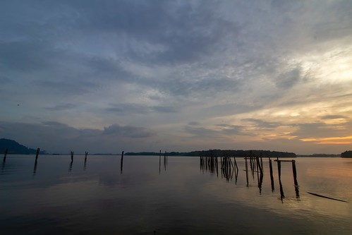 sunset sundown coast seascape shoreline cloud sea sky reflection water lumut perak malaysia waterfront travel place trip canon eos700d canoneos700d canonlens 10mm18mm wideangle asiafavorites happyplanet
