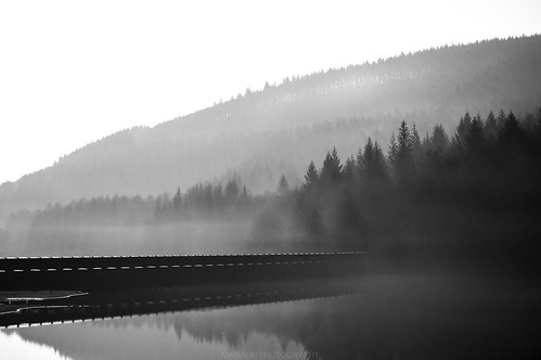 Ladybower | by Manadh