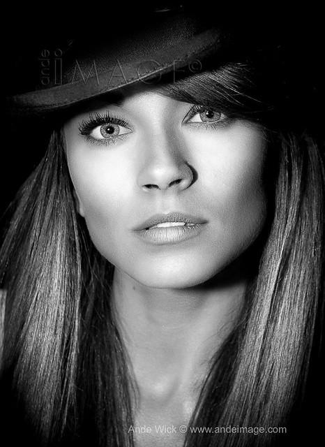Beautiful Girl top hat
