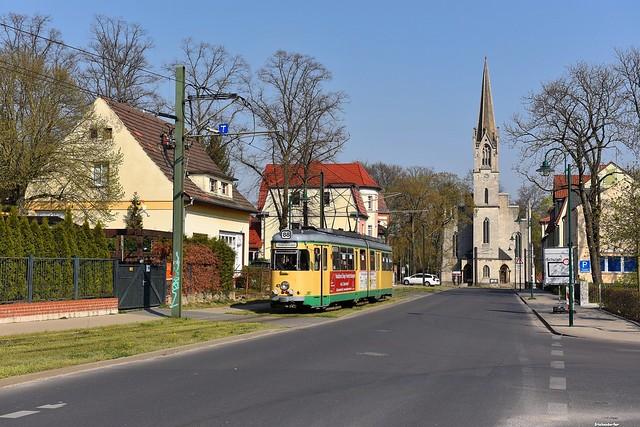 An der Kalkberger Kirche in Rüdersdorf