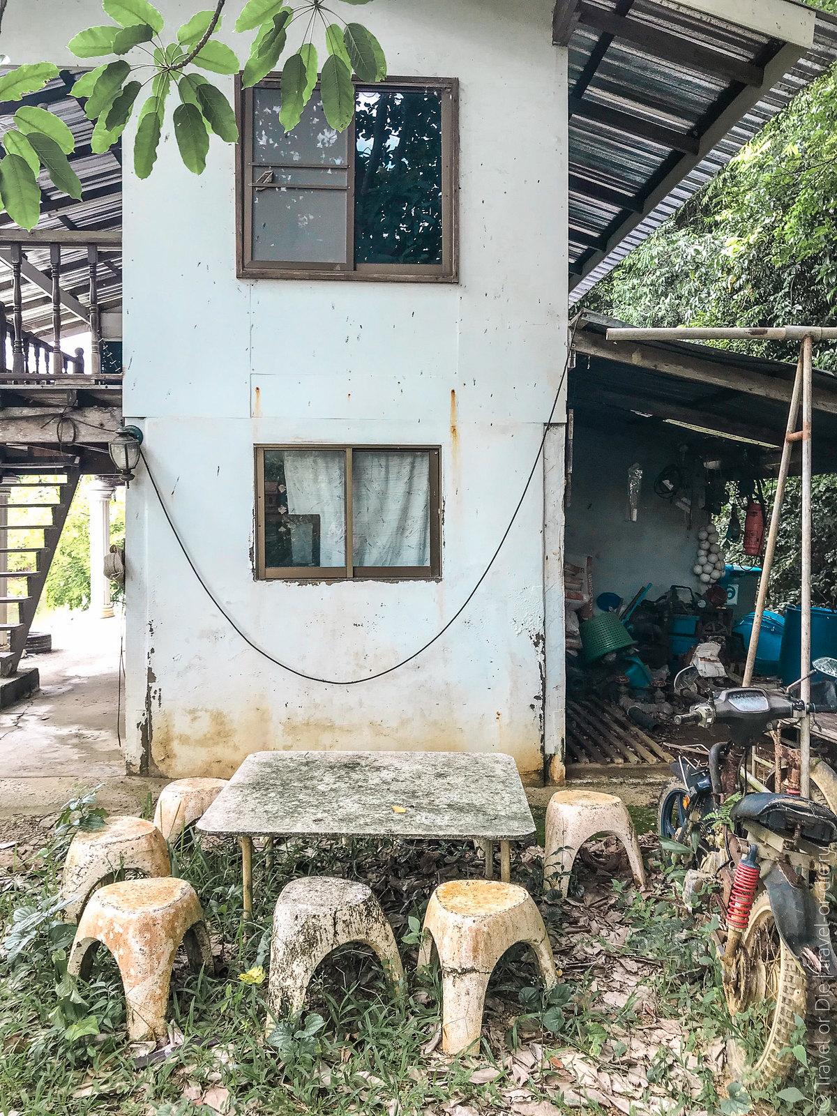 Rang-Yai-Island-Phuket-iphone-0843