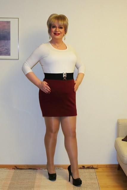 Mini skirt posing