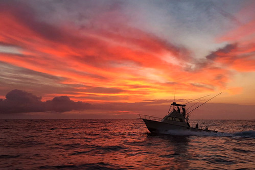 sunrise fishing boat ocean dawn dusk maui hawaii