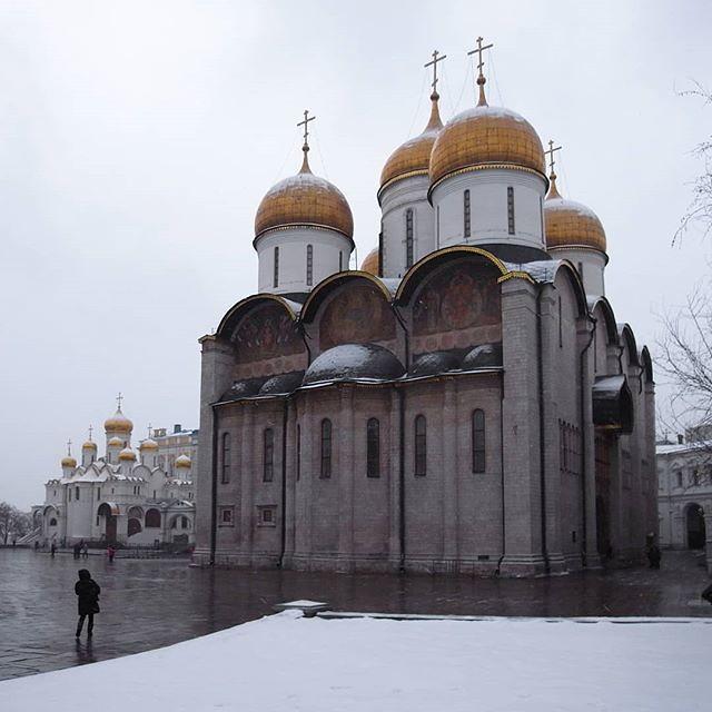 #escala #iglesia #ortodoxa #kremlin #moscu #taller582 #scale #church #ortodox #moscow #грановитаяпалата #кремль #москва #wanderlust