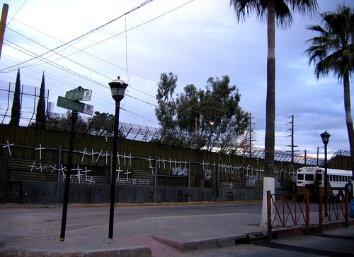 US- Wall 2010 in Nogales, Son;  from the Mexican side.