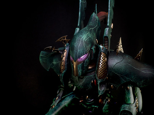 Drukhari Phantom Titan | by whitemetalgames.com
