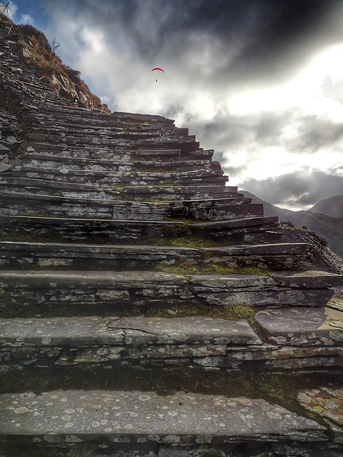 Steps to the gods!
