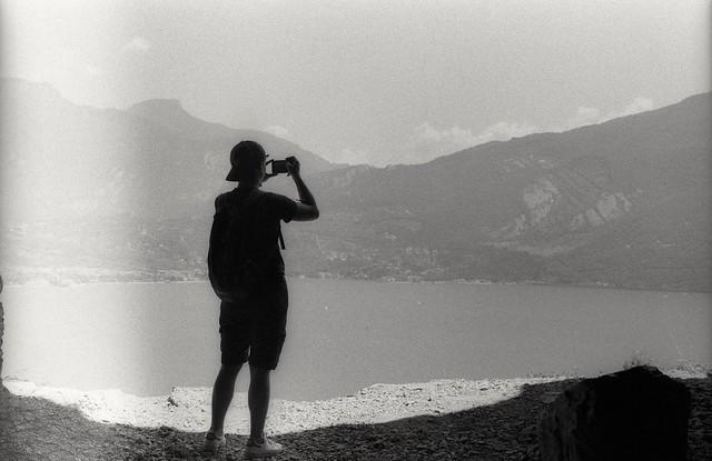 Take a photo (35mm film)