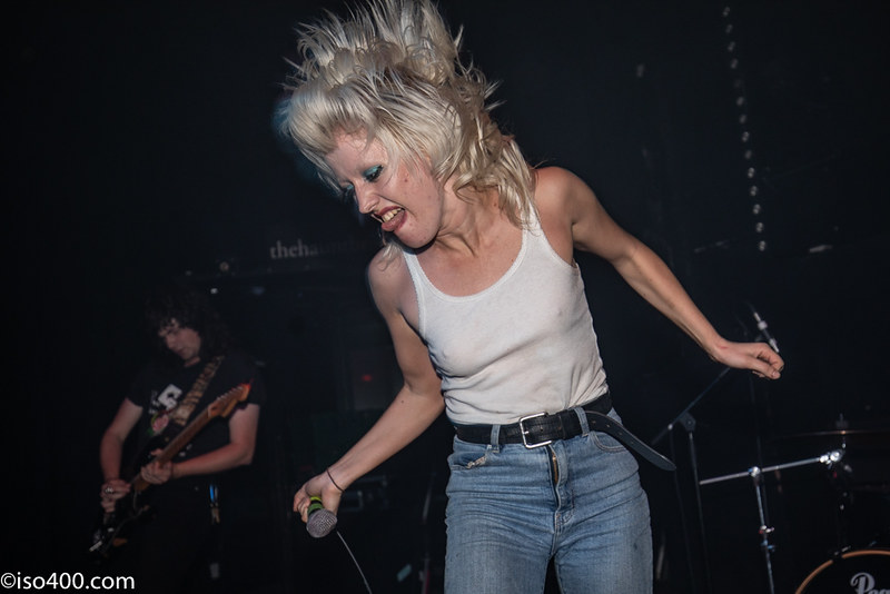 Amyl and the Sniffers 2019 pic by Mike Burnell-3211